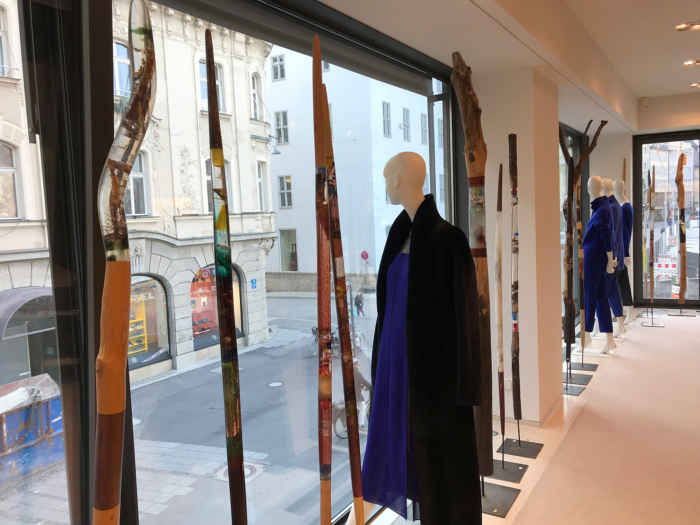 Galerie Insighter Paris by Vanessa Metayer meets Akris